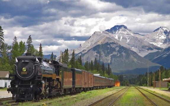train mountains scenery